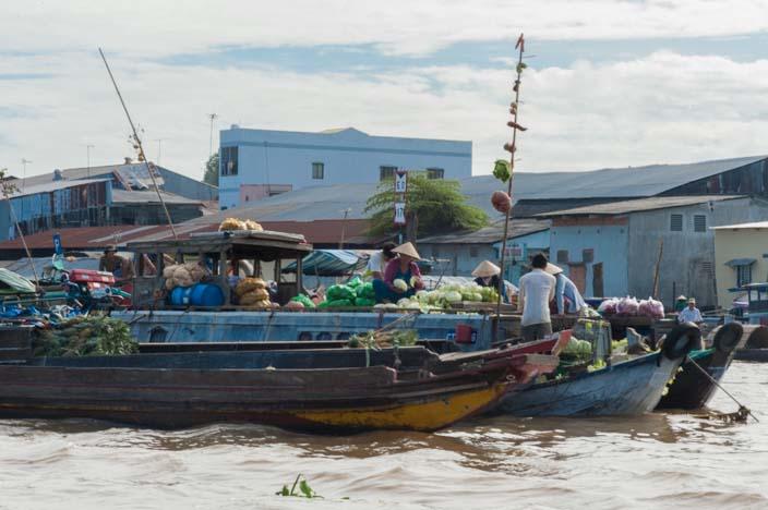 mekong-delta-besuch-schwimmender-markt-32