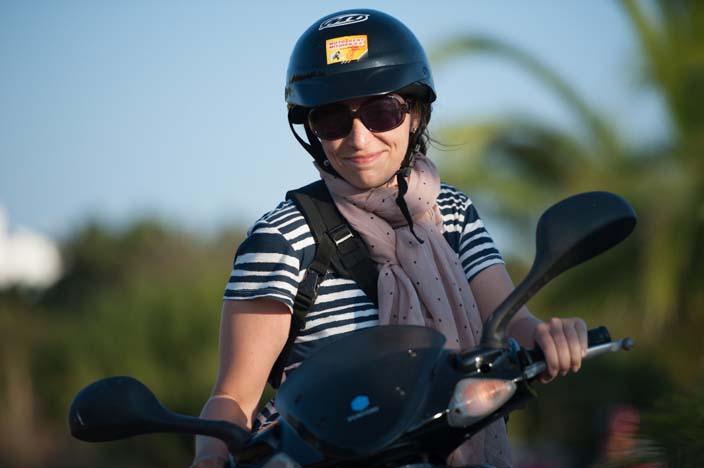 Wohin verreisen im Juni - Formentera Roller Tanja