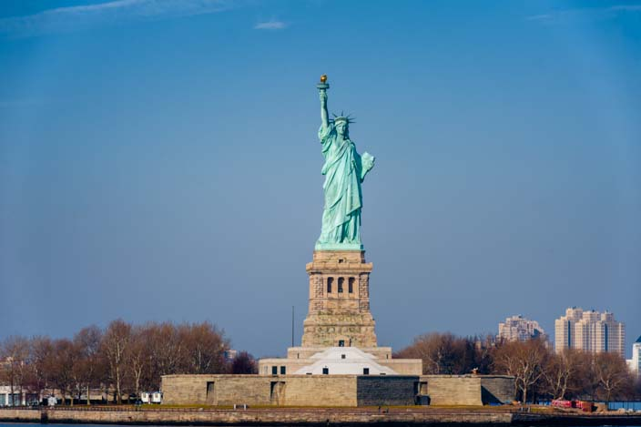 new-york-skyline-freiheitsstatue-state-of-liberty