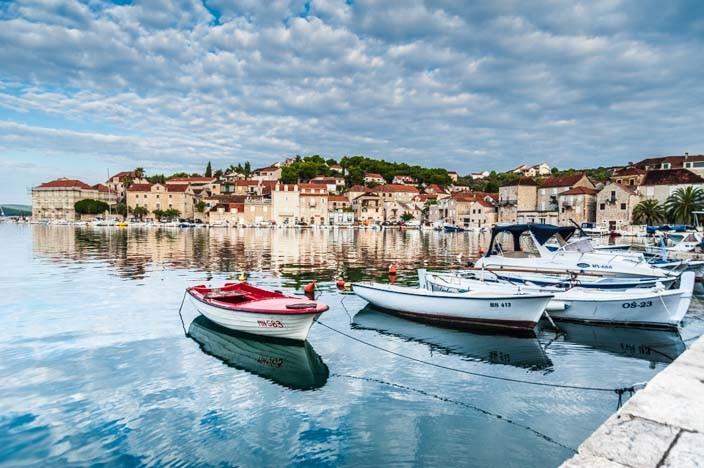 Kroatien Rundreise: Mit Auto oder Katamaran?