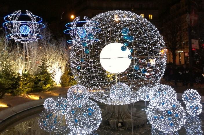 Vorweihnachtszeit in Paris Riesenrad