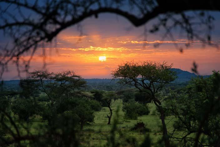 Tansania Rundreise Sonnenaufgang Ikoma Wild Camp
