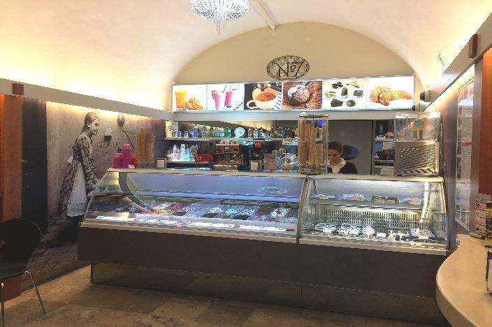 Budapest Café: Gelateria No. 7