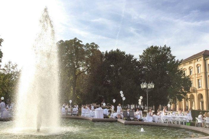 Perfektes Wochenende in Karlsruhe Diner en blanc 2016