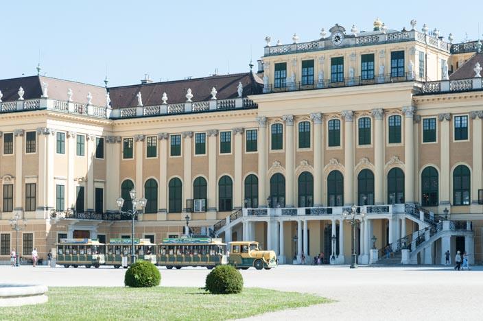 Wien Insider Tipps Schloss und Park Schönbrunn mit Panoramazug