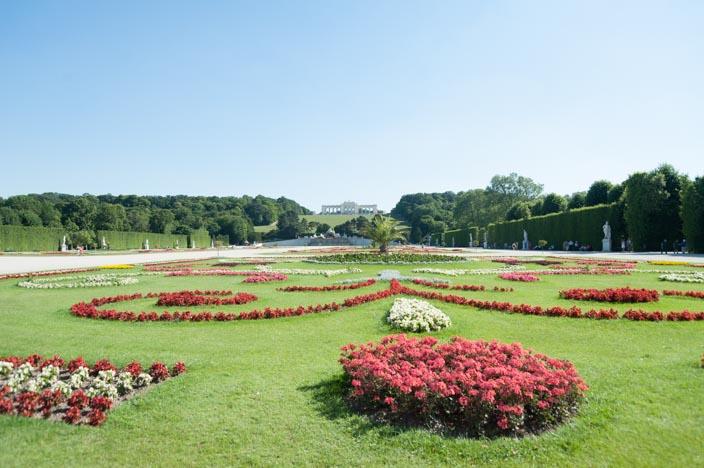 Wien Insider Tipps Schloss und Park Schönbrunn im Hintergrund die Gloriette