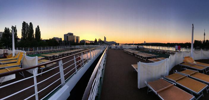 Wien Insider Tipps Sonnenuntergang auf der Donau