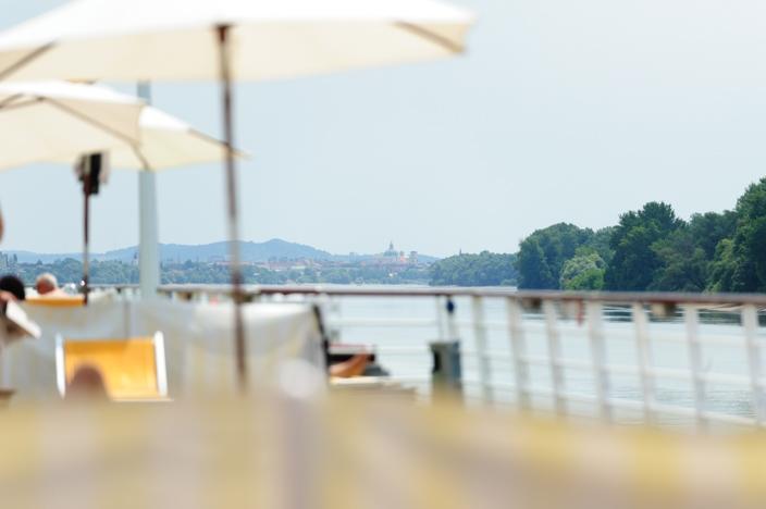 Sonnendeck A-ROSA Riva bei der Flusskreuzfahrt Donau