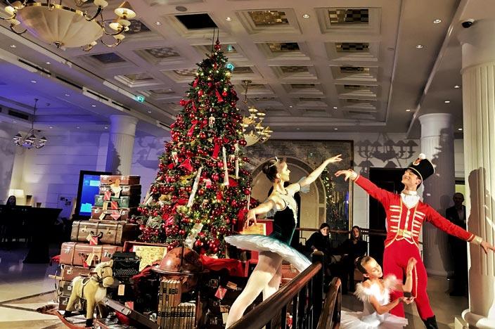 Ballettaufführung im Foyer Kempinski Hotel Cathedral Square Vilnius