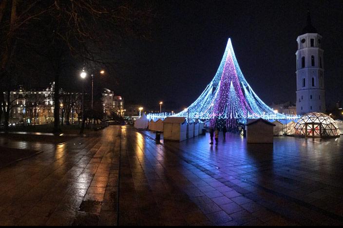 Vilnius Sehenswürdigkeiten: Kathedralenplatz Weihnachtsbaum