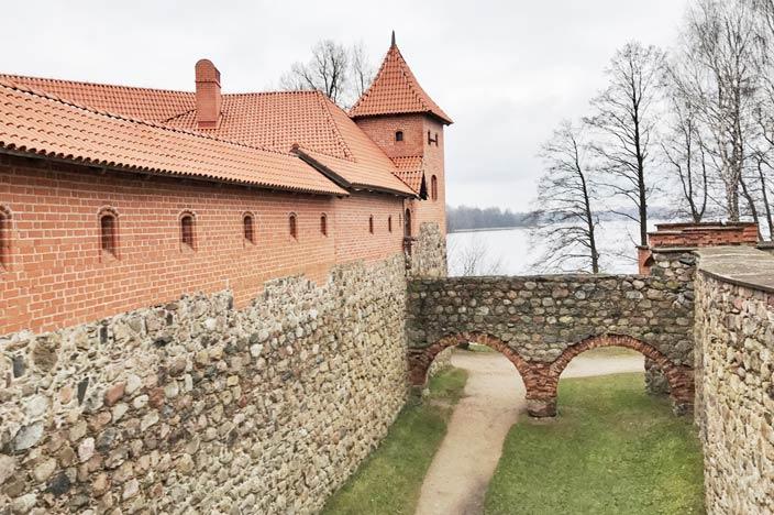 Vilnius Sehenswürdigkeiten: Wasserburg Trakai