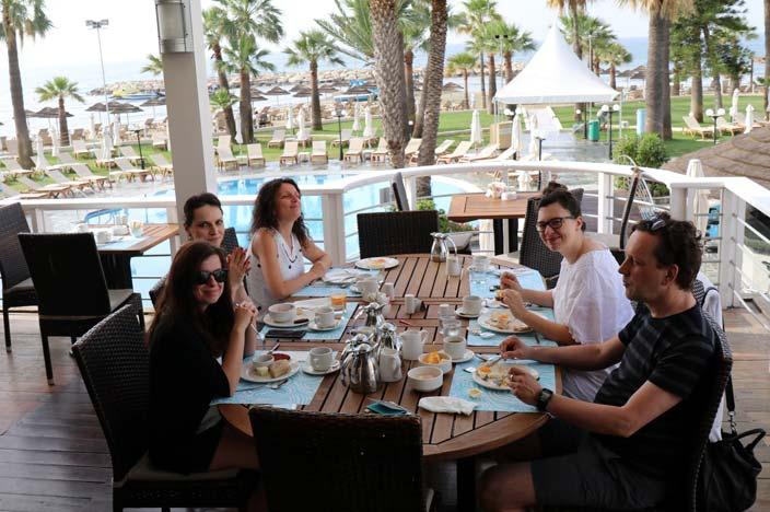 Nicosia Tipps: Frühstück im Golden Bay Hotel mit Meerblick