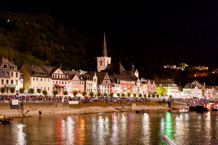 """Ufer von St. Goar während """"Rhein in Flammen"""""""