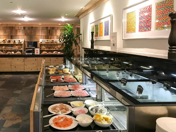 Frühstücksbuffet 5* Ermitage Wellness & Spa-Hotel