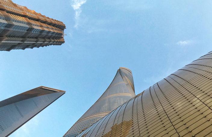 Shanghai Tower mit Flaschenöffner und Jin Mao Tower