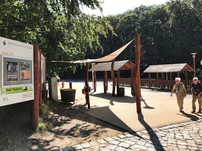 Kreidefelsen Rügen: Bushaltestelle am Besucherzentrum Königsstuhl